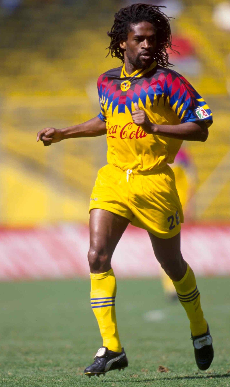 El camerunés le puso fina a su carrera en 2009 con el Tiko United de su país